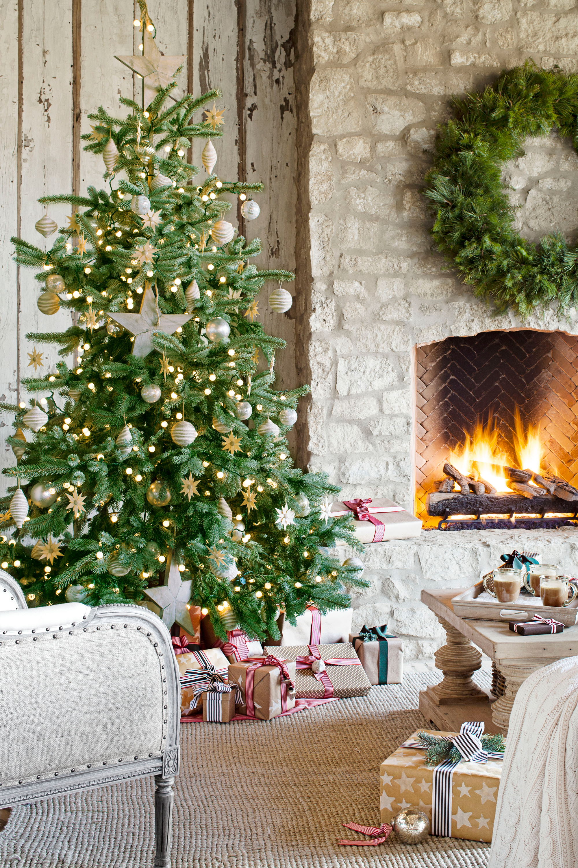 ideas-for-decorating-christmase-decorations-pictures-kids-businesss